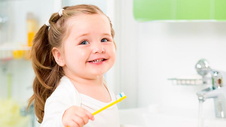 Причины возникновения пародонтита у детей и эффективные методы лечения
